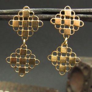 14k solid yellow gold Earrings.Dangle drop earring